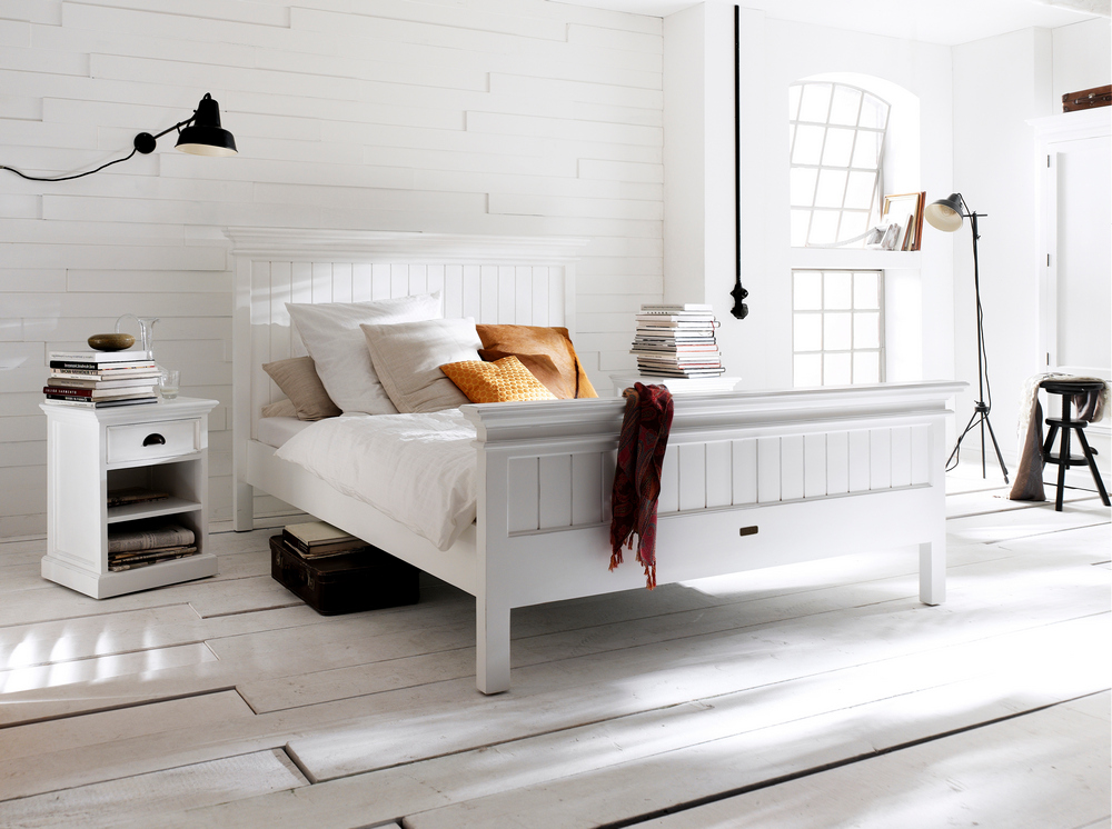 Halifax Queen Size Bed_10