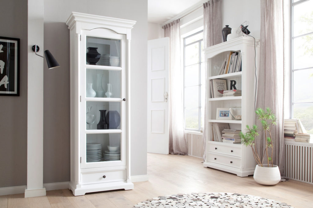 Provence Glass Cabinet_6