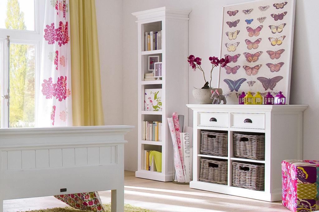 NovaSolo Bookshelf-1
