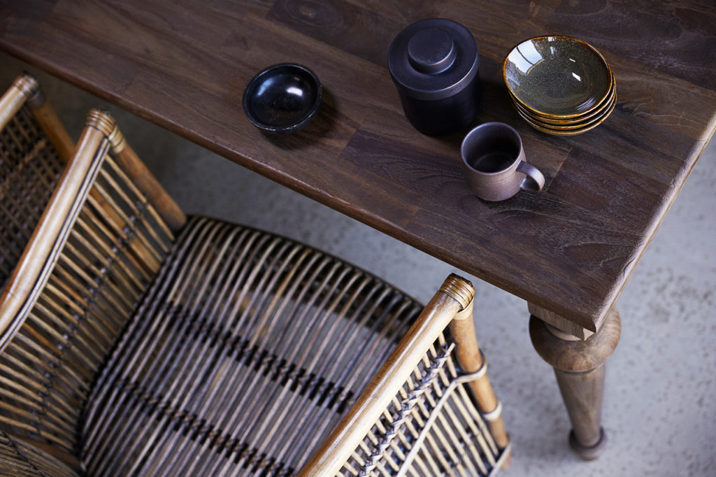 Hygge Dining Table 220_6