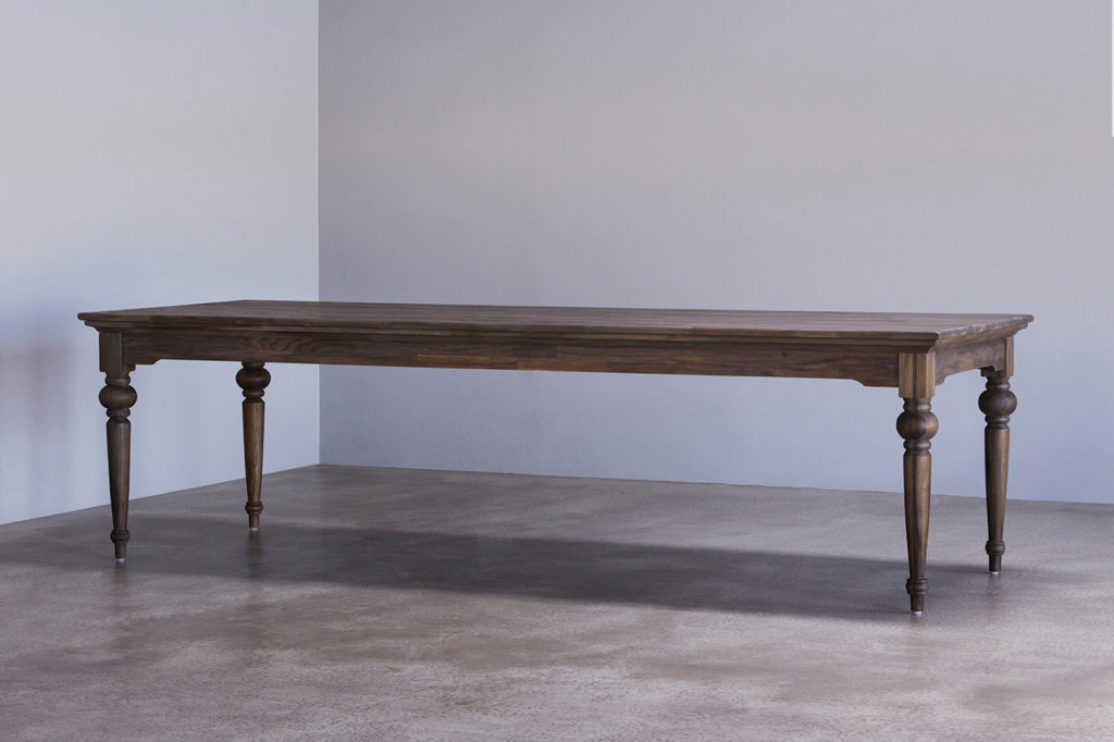 Hygge Dining Table 260_1