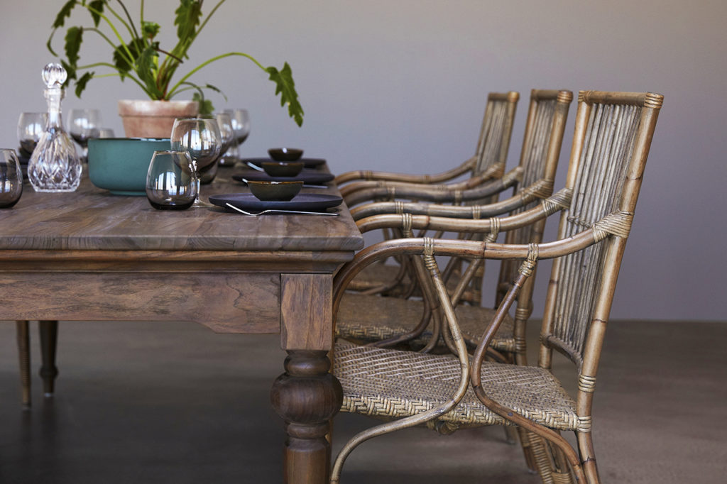 Hygge Dining Table 260_4