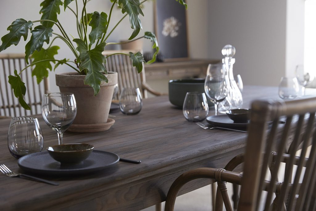 Hygge Dining Table 260_7