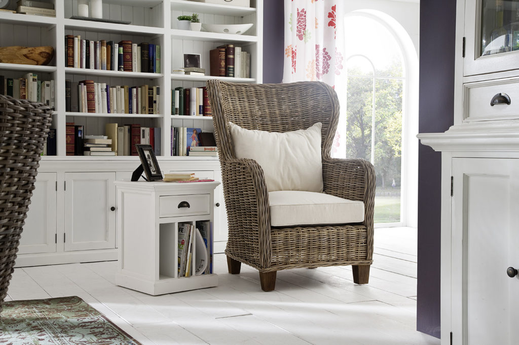 NovaSolo King Chair with Seat & Back Cushions-1